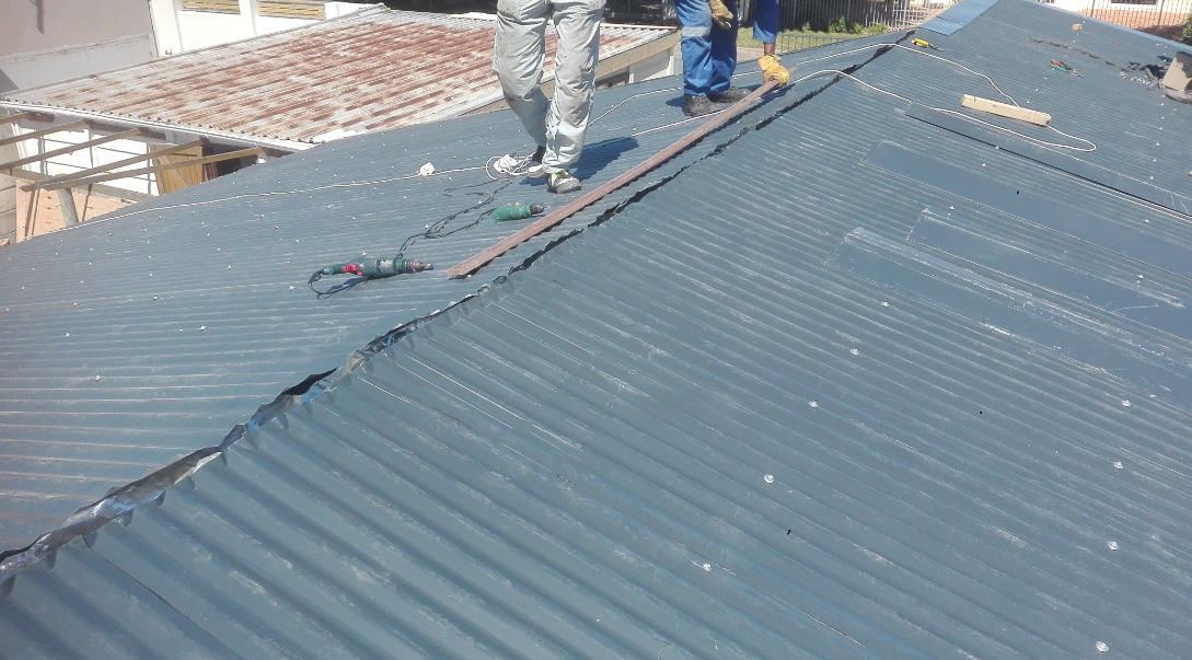 HRS Roofing 3 Cape Town IBR roof Sheets - hrs-roofing-3-cape-town-ibr-roof-sheets